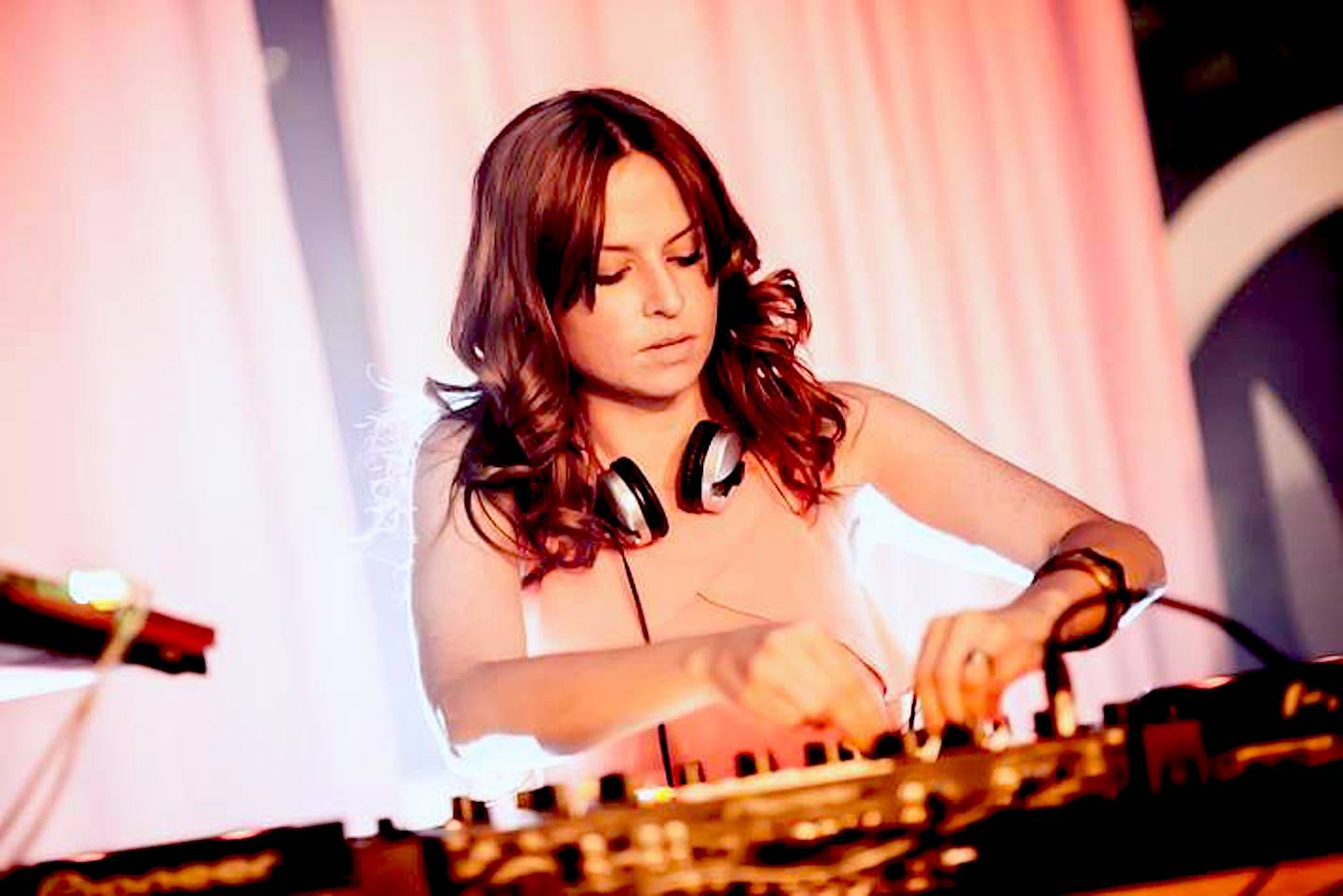Party DJ for Hire | DJs for Hire