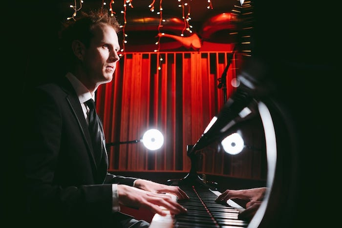 Jazz Pianists for Hire | Wedding and Events Pianists UK | Elastic Lounge