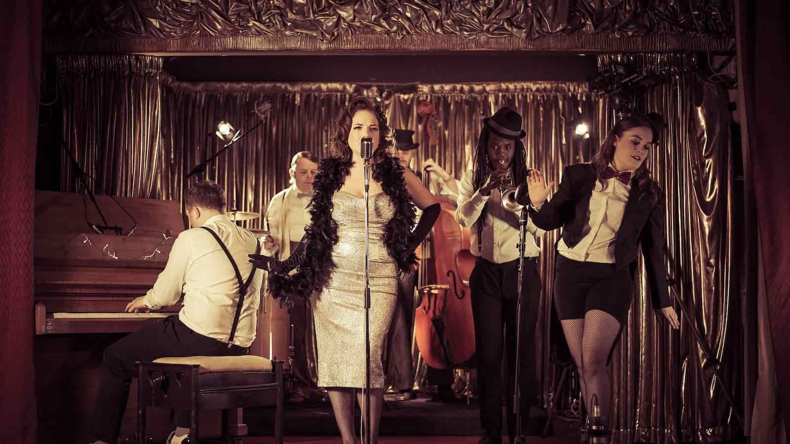 Post Modern JukeBox Style Wedding & Events Bands | Vintage Band for Hire | Gatstby's Jukebox