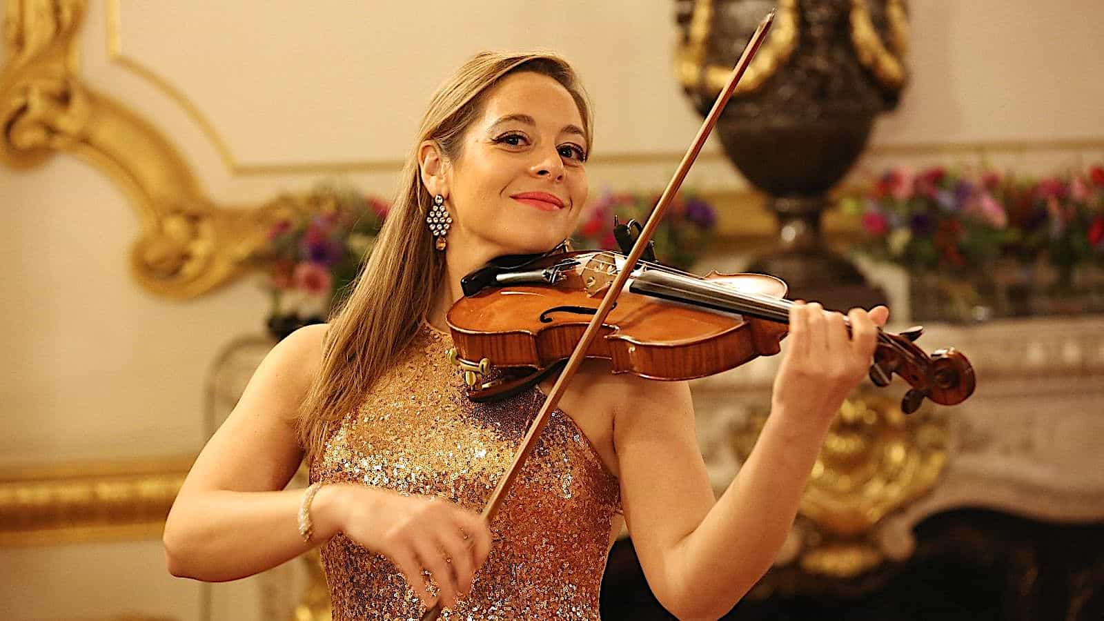Female Violinist Hire | Female Violinist for Hire | Diane