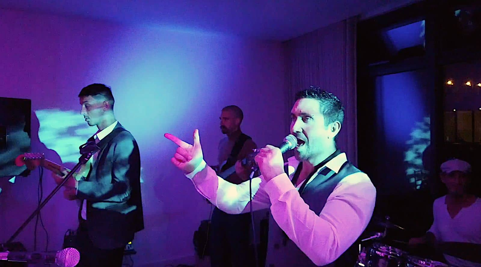 Groove Collective -The South West's Best Funk Wedding Cover Bands - Elastic Lounge Entertainment