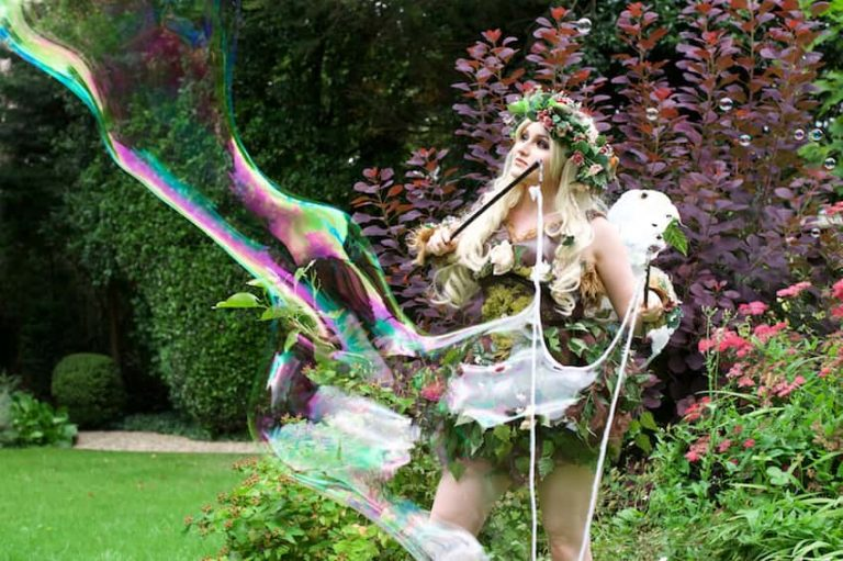 Circus Acts & Performers Hire - BUBBLE FAIRIES 03-min